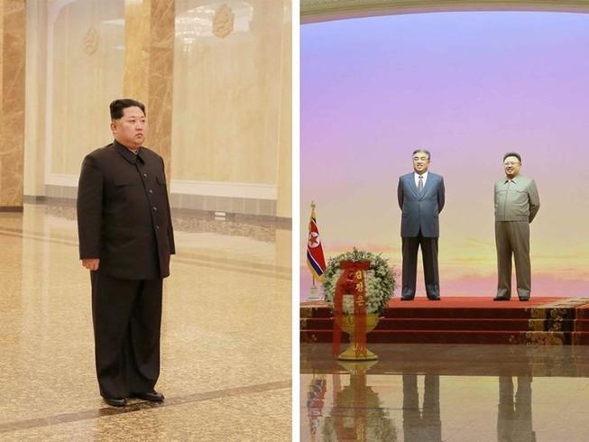 Ông Kim Jong-un lặng người viếng lăng người cha quá cố