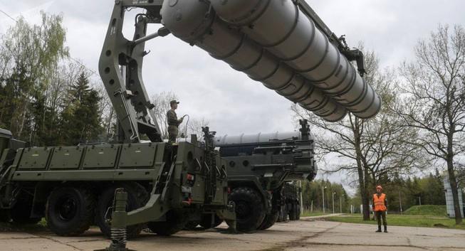 """Ấn Độ thuận lợi tiếp nhận """"rồng lửa"""" S-400"""