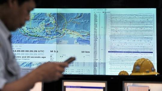 Động đất mạnh tại Indonesia, cảnh báo sóng thần tới tận Nhật