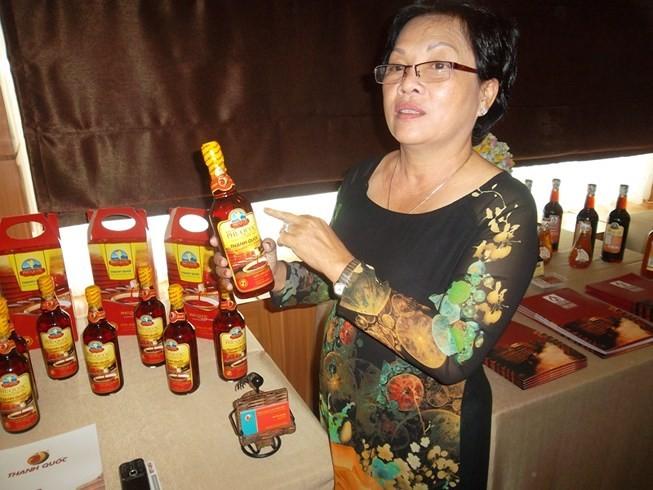 Người làm nước mắm truyền thống ở Phú Quốc đa số là hộ gia đình, DN vừa và nhỏ