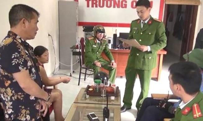 Hàng trăm cảnh sát truy quét các công ty tài chính ở Thanh Hóa