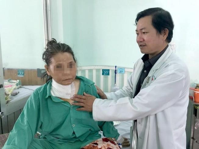 Thầy lang chữa khối u nhỏ thành bướu to