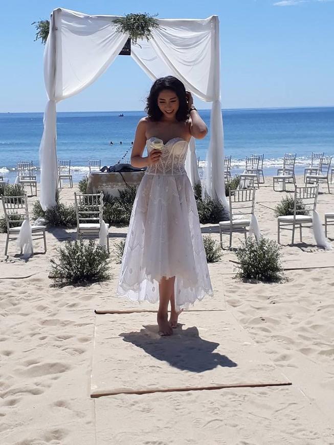 Hoa hậu Đặng Thu Thảo chụp ảnh cưới trên biển