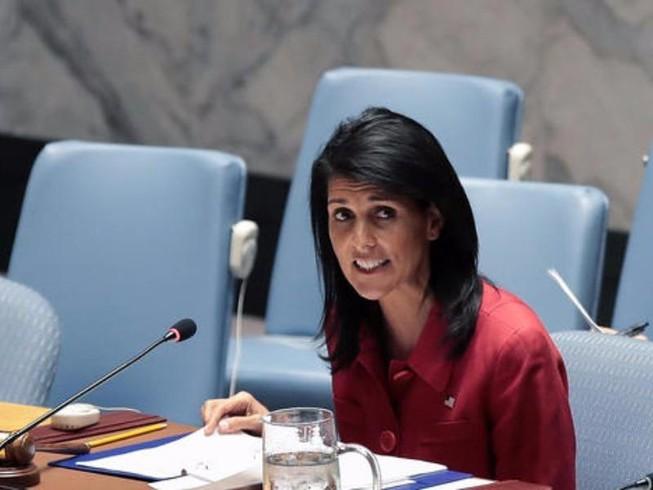 Mỹ dọa tiếp tục tấn công, trừng phạt Syria
