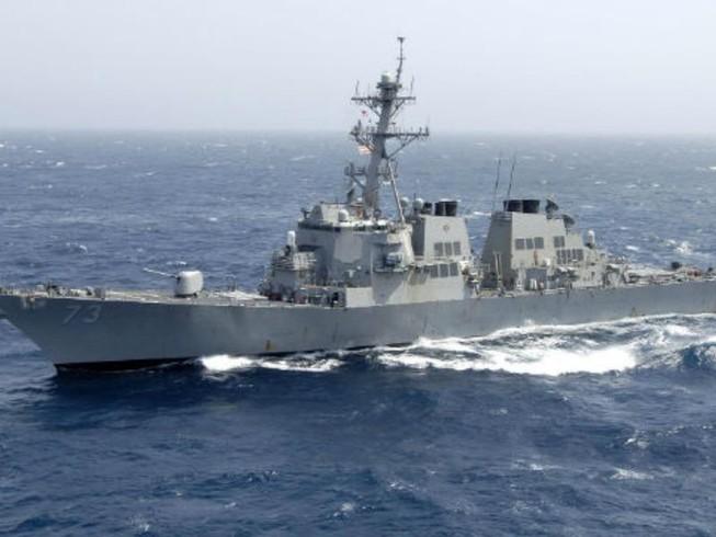 Tàu chiến Trung Quốc áp sát nguy hiểm tàu chiến Mỹ ở biển Đông