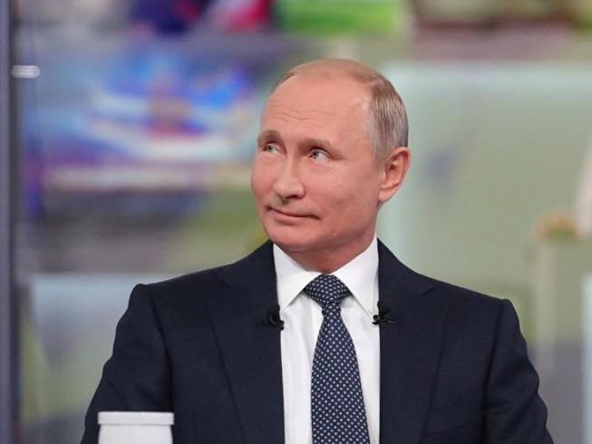 """""""Ông Putin là món quà lớn nhất dành cho NATO"""""""