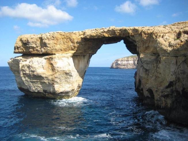 Vòm đá Azure Window đổ sập xuống biển