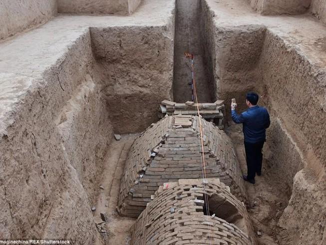 Phát hiện ngôi mộ kim tự tháp bí ẩn ở Trung Quốc