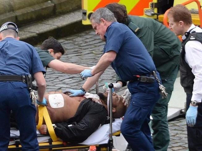 Nghi phạm khủng bố ở Anh là 'người hàng xóm hoàn hảo'