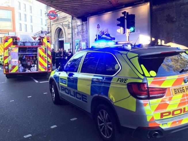 Nổ ga tàu điện ngầm London, nhiều người bị thương