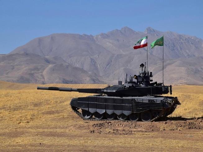 Iran trình làng xe tăng giống T-90MS của Nga
