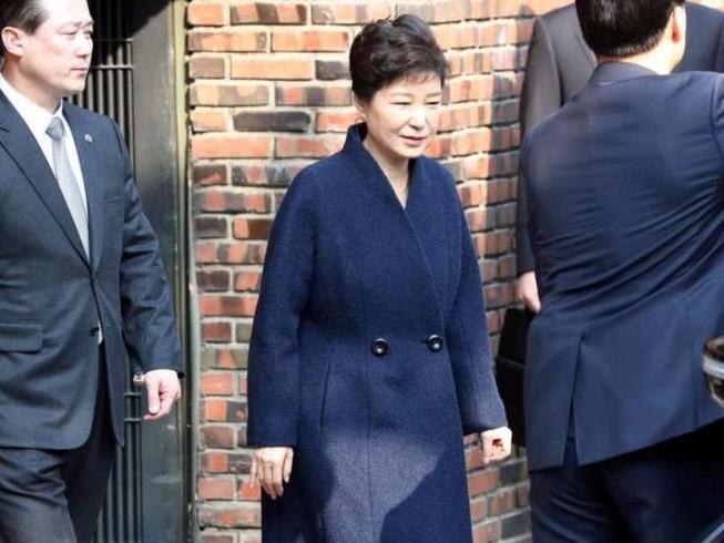 Bà Park Geun-hye xin lỗi công chúng trước thẩm vấn