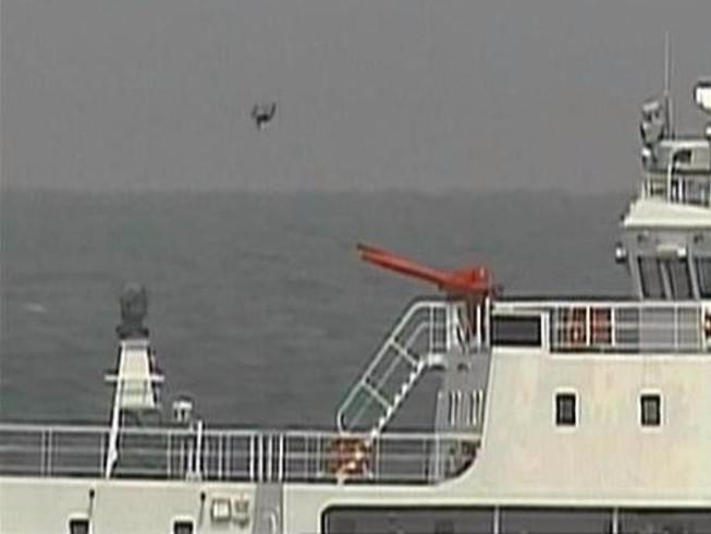 Nhật điều F-15 chặn tàu, máy bay Trung Quốc