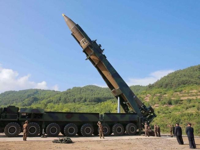 Hàn Quốc: Triều Tiên có thể sắp phóng ICBM