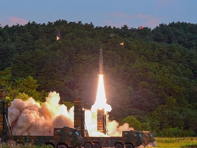 Mỹ tháo 'vòng kim cô' cho tên lửa Hàn Quốc