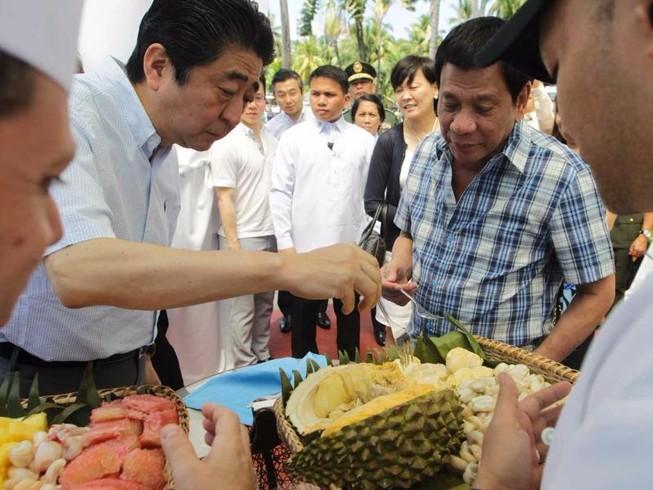 Ông Duterte gọi Nhật là 'bạn thân hơn cả anh em'