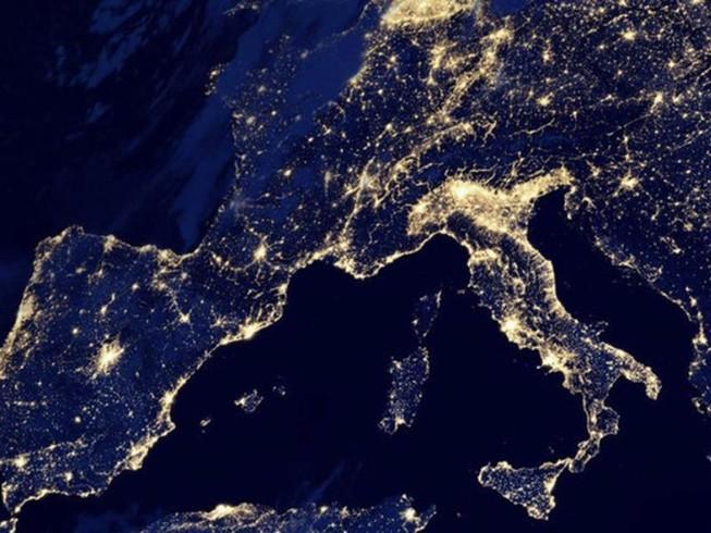 Trạm vũ trụ 8,5 tấn đi lạc sẽ tạo 'mưa lửa' ở châu Âu?