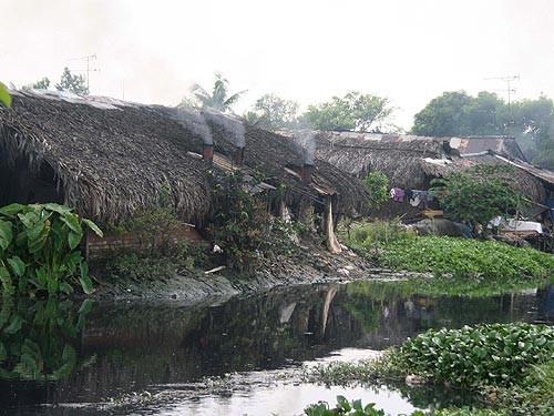 TP.HCM xử lý ô nhiễm trên kênh Trần Quang Cơ