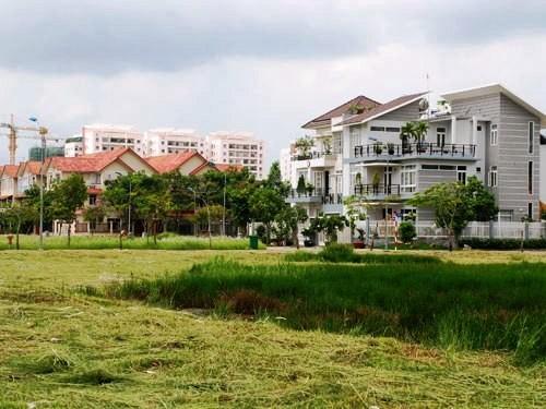 Nhà, đất thừa kế được miễn lệ phí trước bạ