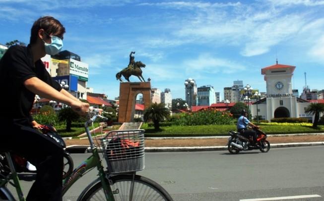 TP.HCM phá dỡ vòng xoay Quách Thị Trang