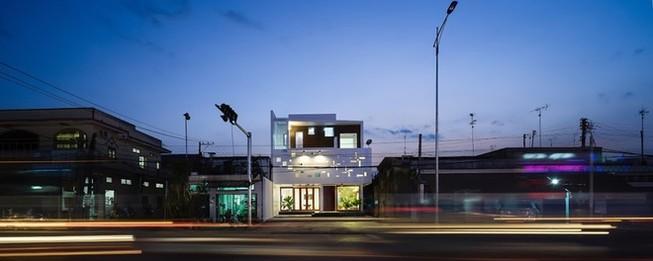 Ngôi nhà ở Đồng Nai nổi bật vì thiết kế lạ mắt