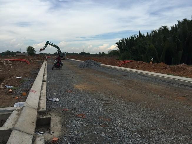 TP.HCM: Giao dịch đất nền quận 9 quá nhiều rủi ro