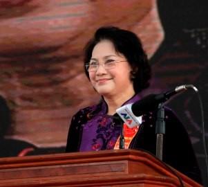 Chủ tịch Quốc hội trao bằng công nhận huyện nông thôn mới
