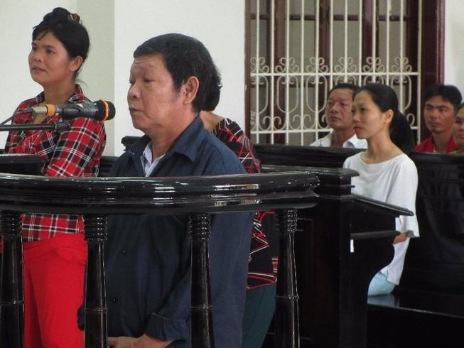 Ông nội thú tính lãnh án tù chung thân