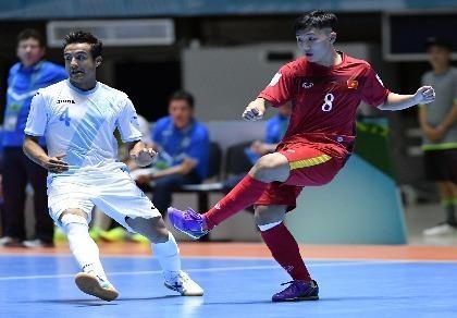 HLV Bruno: 'Quên trận thắng Guatemala đi, hãy nghĩ đến Paraguay'