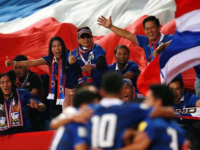 Thái Lan vỡ mộng World Cup, đe dọa AFF Cup