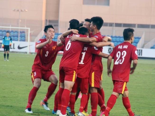 HLV Hoàng Anh Tuấn: 'U-19 có tinh thần vượt trội'
