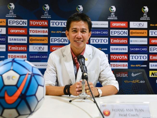 HLV Hoàng Anh Tuấn: 'U-19 Việt Nam phòng ngự không tồi'
