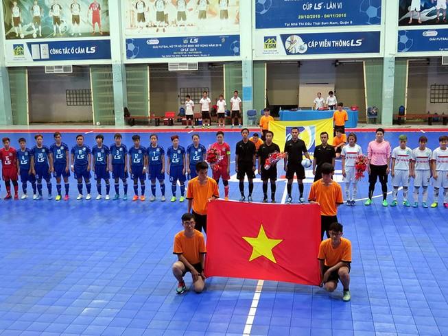 Tưng bừng khai mạc giải Futsal nữ TP.HCM mở rộng
