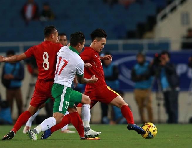 Việt Nam rộng cửa tái ngộ Indonesia ở bán kết AFF Cup