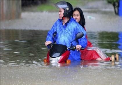 Lũ lụt kinh hoàng tại Trung Quốc gợi lại 'đại hồng thủy 1998'