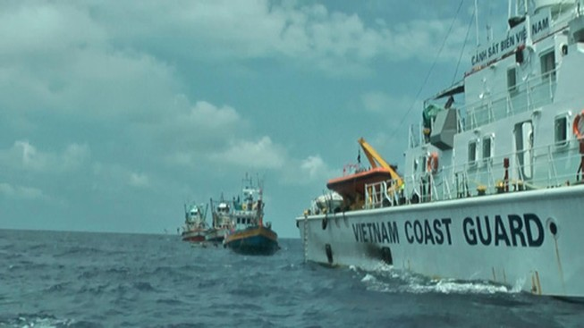 Cảnh sát biển xử lý ba tàu cá Thái Lan xâm phạm vùng biển Việt Nam