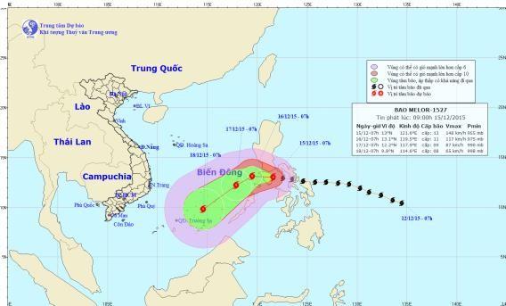 Siêu bão Melor giật cấp 17 tiến thẳng vào biển Đông