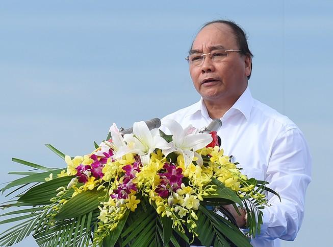 Thủ tướng: Cùng nhau giữ hòa bình trên mỗi ngọn sóng biển Đông