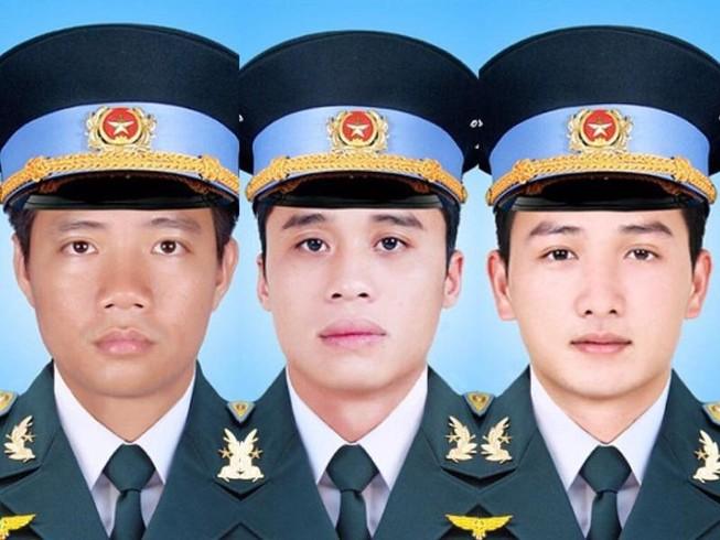 Truy thăng quân hàm cho 3 chiến sĩ trong vụ máy bay rơi