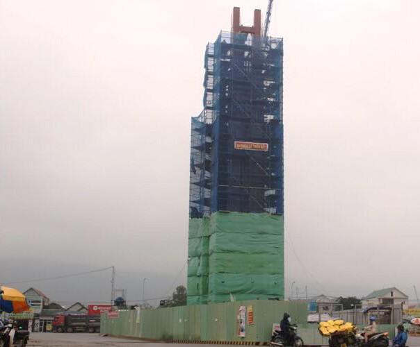 Formosa Hà Tĩnh xây dựng tháp 'tinh thần bảo lũy' không phép