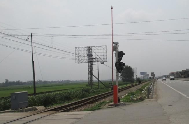 Bí thư Đảng ủy xã qua đường sắt bị tàu hỏa tông chết