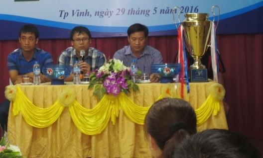 8 đội dự giải bóng đá báo chí miền Trung lần thứ 3