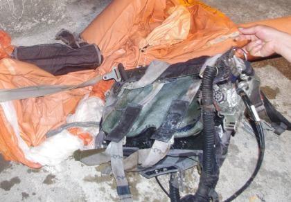 Đặc công vớt được nhiều mảnh vỡ của Su-30MK2