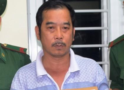 Đóng giả khách du lịch mang 4 bánh heroin từ Lào về Việt Nam