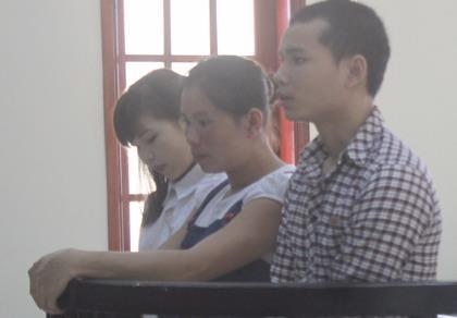 Bán bé gái 15 tuổi sang Trung Quốc rồi trốn truy nã