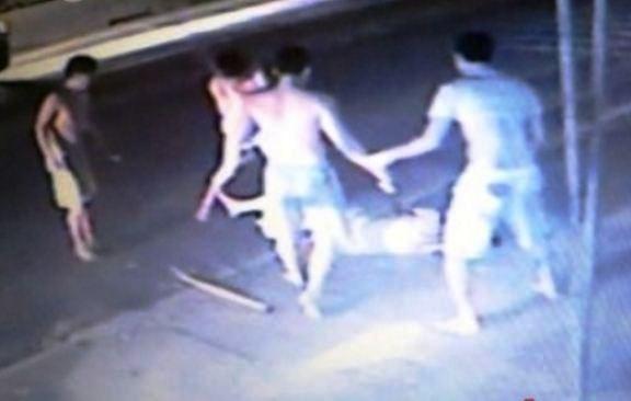 Nạn nhân mang dây chuyền bị đánh chết, khởi tố 6 người