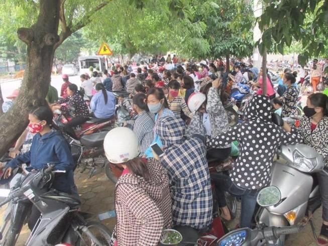 Nghệ An: Hơn 2.500 công nhân ngừng việc đòi quyền lợi