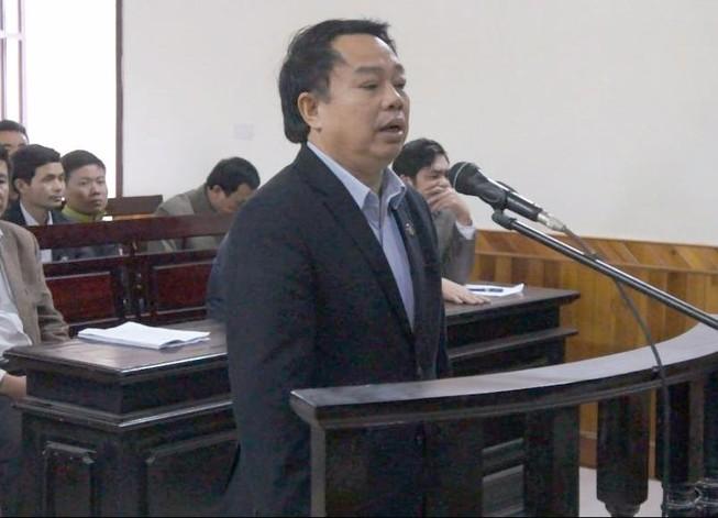 Chưa tuyên án cựu chủ tịch huyện 'xin được cống hiến'
