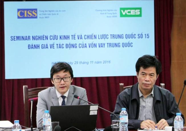 Vốn Trung Quốc: 'Tiền đi tới đâu, người đi tới đó'