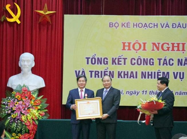 Ông Bùi Quang Vinh được tặng thưởng huân chương Độc lập
